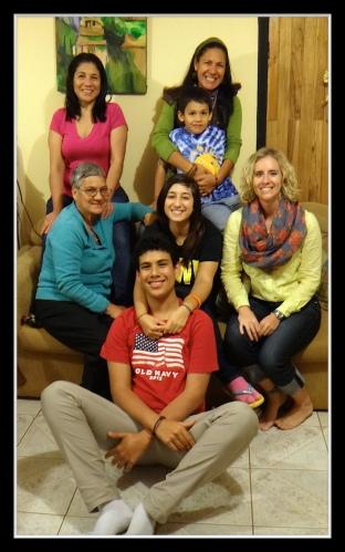 Mi Familia Tica!
